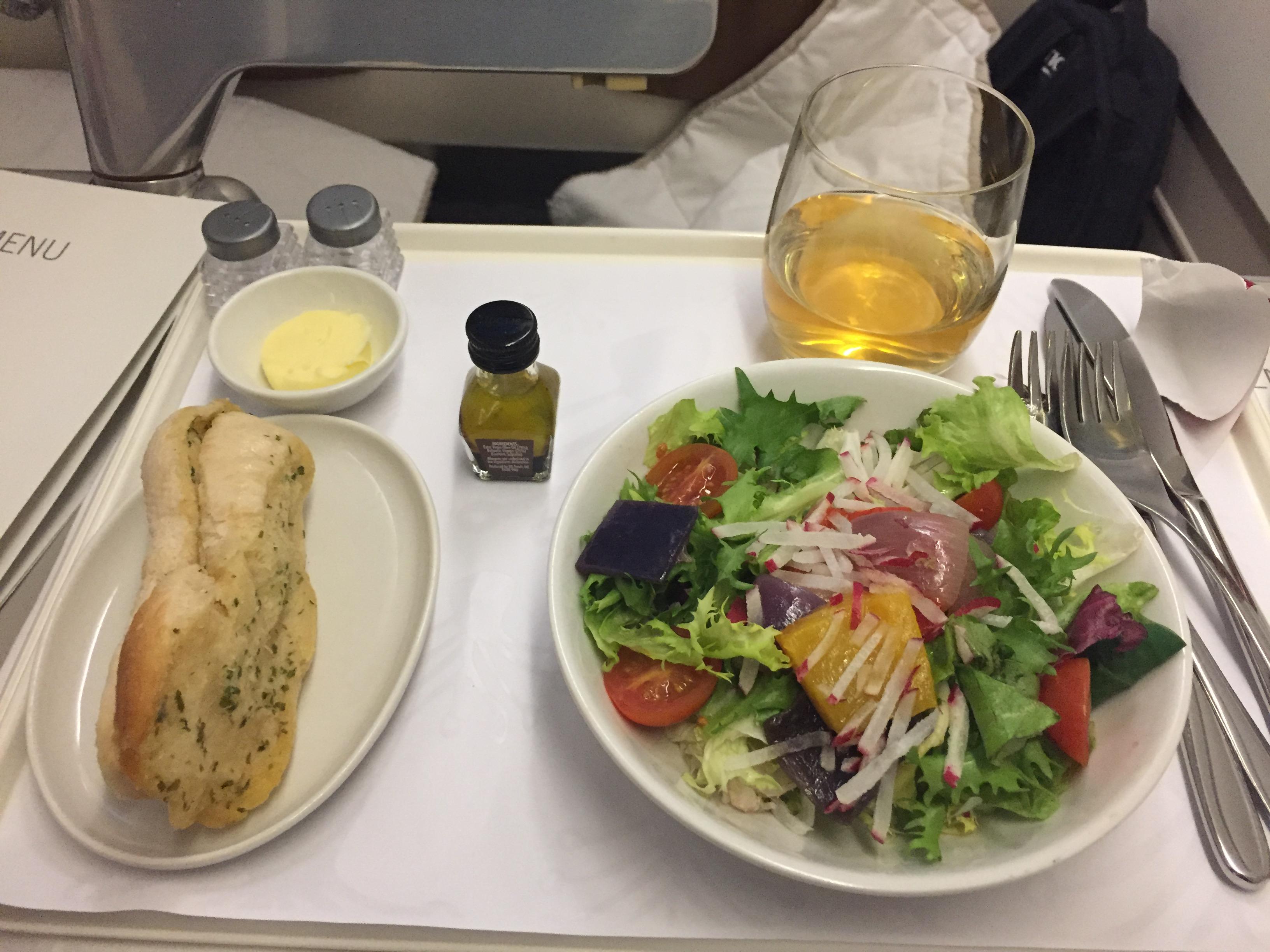 Mit valg af forret på Business Class hos South African Airways på en tur fra London Heathrow til Johannesburg. Foto: Danny Longhi Andreasen