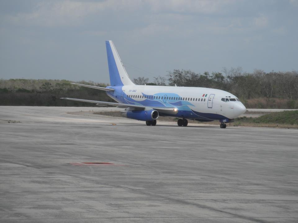 Boeing 737-200 fra Global Air. (Foto: Aramidea CC 3.0)