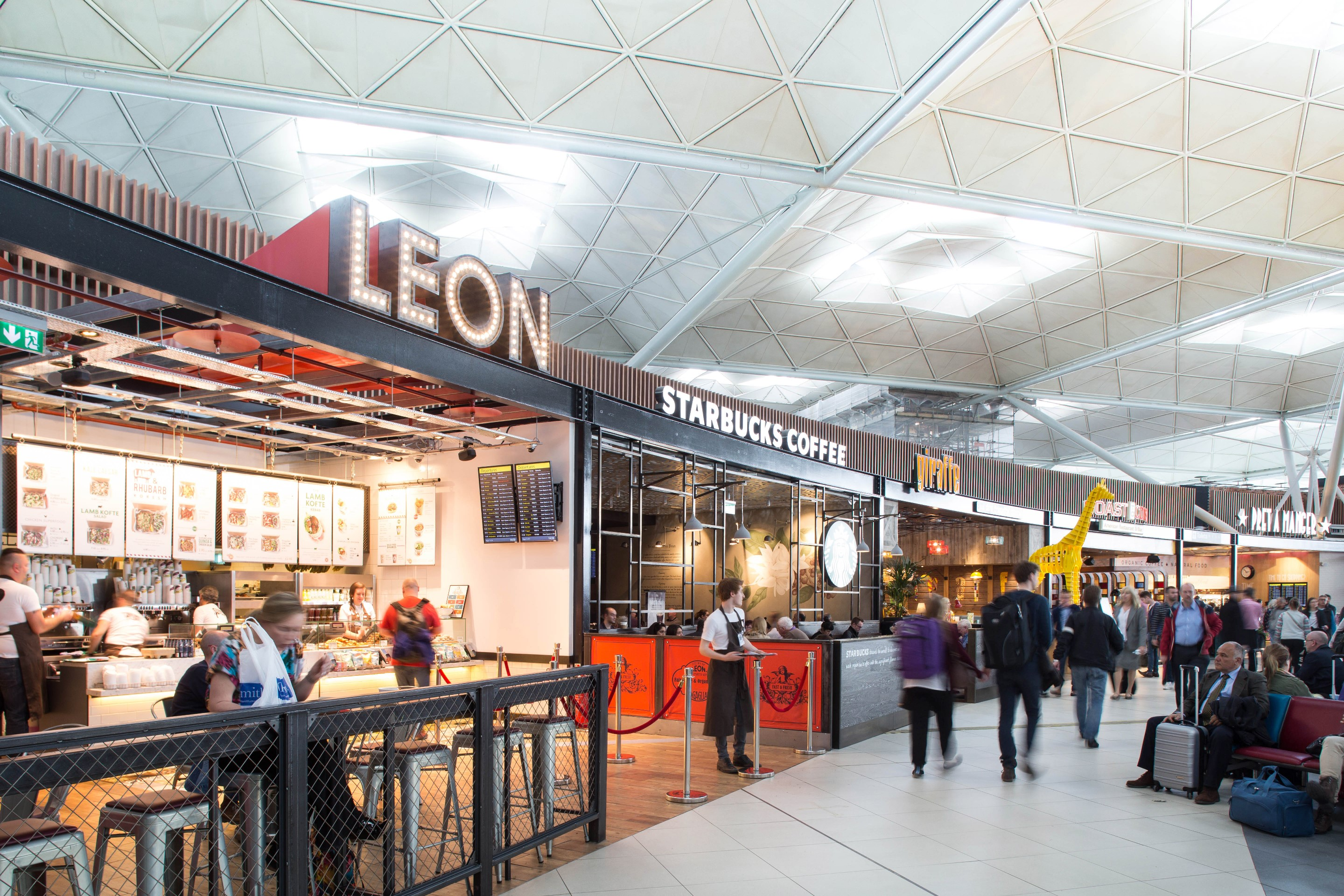 Afgangshallen i London Stansted Airport (Foto: Stansted Airport)