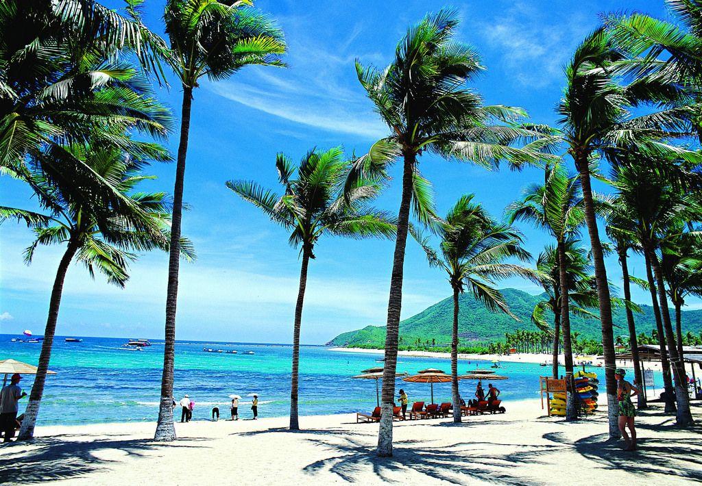 Sanya Beach, Hainan Island (Arkivfoto)