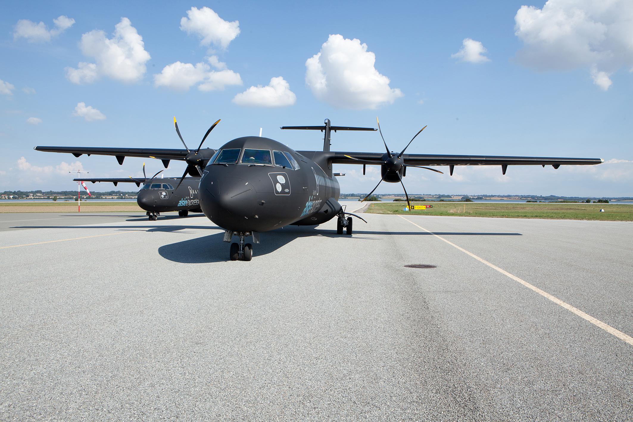 To ATR72-fly fra Alsie Express (Foto: Alsie Express/PR)