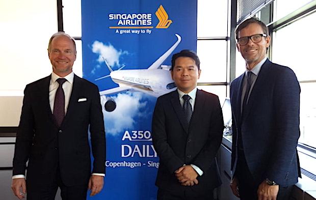 På pressemødet i tirsdag deltog fra venstre Thomas Woldbye, Københavns Lufthavn, Erwin Widjaja, Singapore Airlines, og Anders Wahlström fra SAS. (Foto: Jan Aagaard)