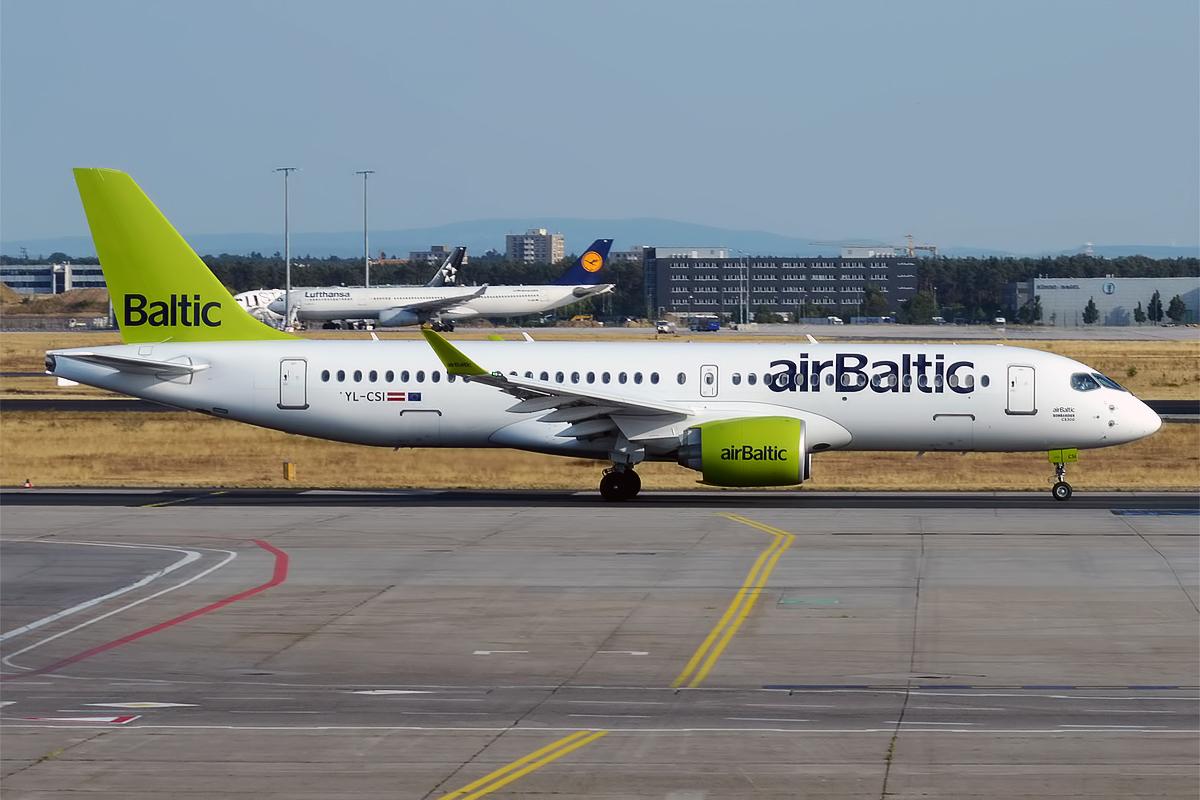 En Airbus A220-300 fra airBaltic. Foto: Anna Zvereva