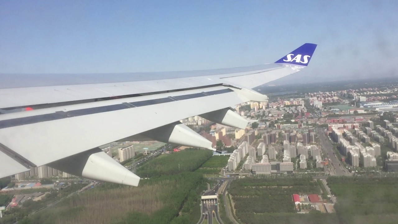 SAS A340-300 ved start fra Beijing Capital International Airport (Foto: CharlesMD11F)