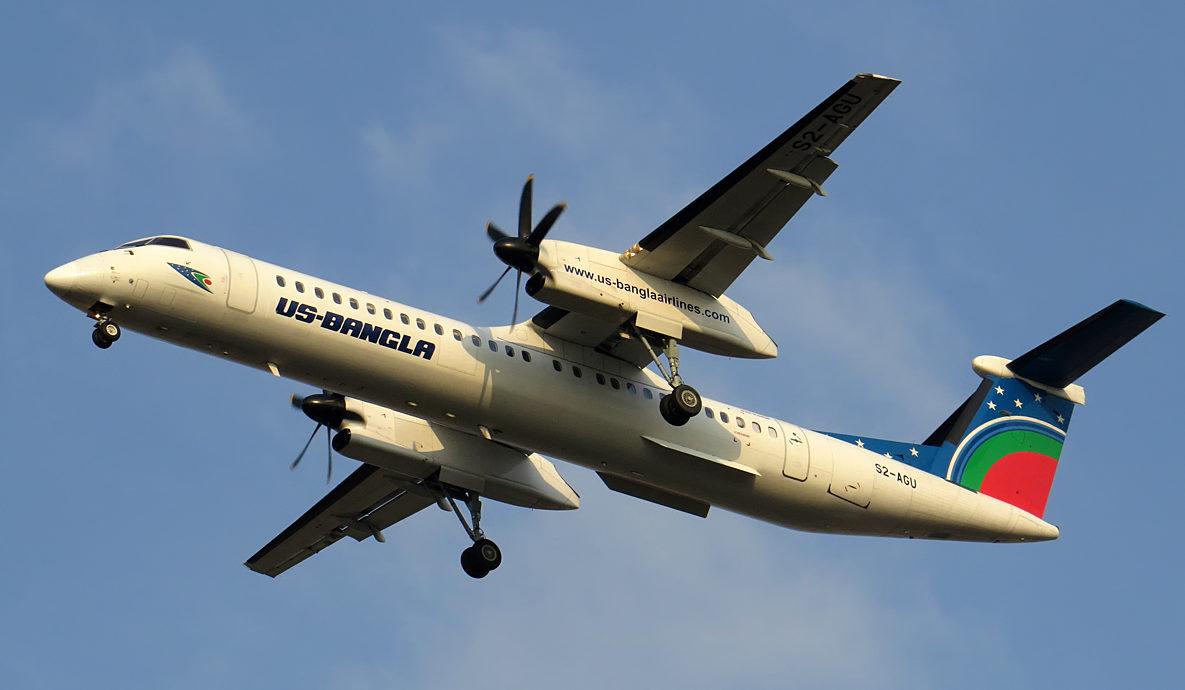 Dette fly, en Bombardier Dash 8-Q400 med registrering S2-AGU, styrtede sidste år i Nepal. Foto: Shadman Samee