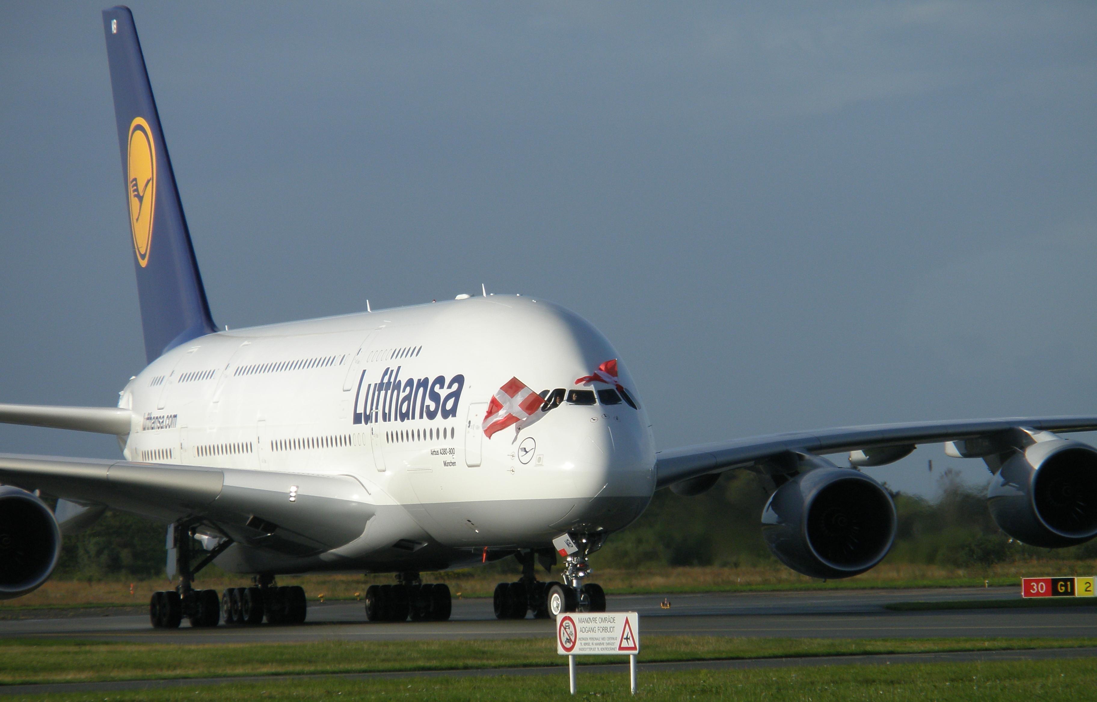 Lufthansa Airbus A380 i Københavns Lufthavn, 15. september 2010 (Foto: Ole Kirchert Christensen)