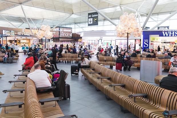 Nye siddepladser i London Stansted-lufthavnen.