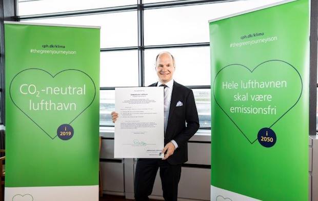 Københavns Lufthavns administrerende direktør Thomas Woldbye præsenterer det nye klimaudspil.