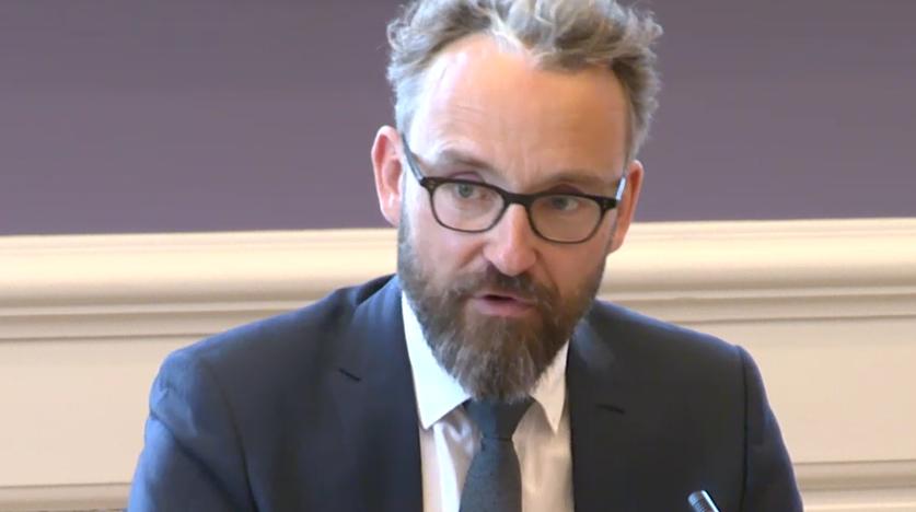 Transport-, bygnings- og boligminister Ole Birk Olesen i samråd. (Foto: Folketinget.dk)