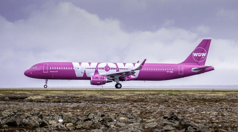 Airbus A321-200 fra WOW air i Keflavik International Airport. (Arkivfoto: WOW air)