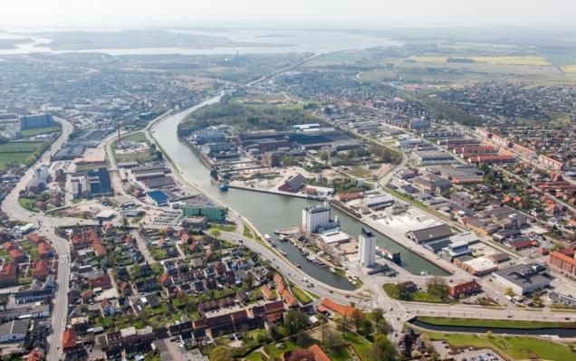 Næstved er med sine næsten 44.000 indbyggere Danmarks 15. største by. (Foto: Næstved Havn/PR)