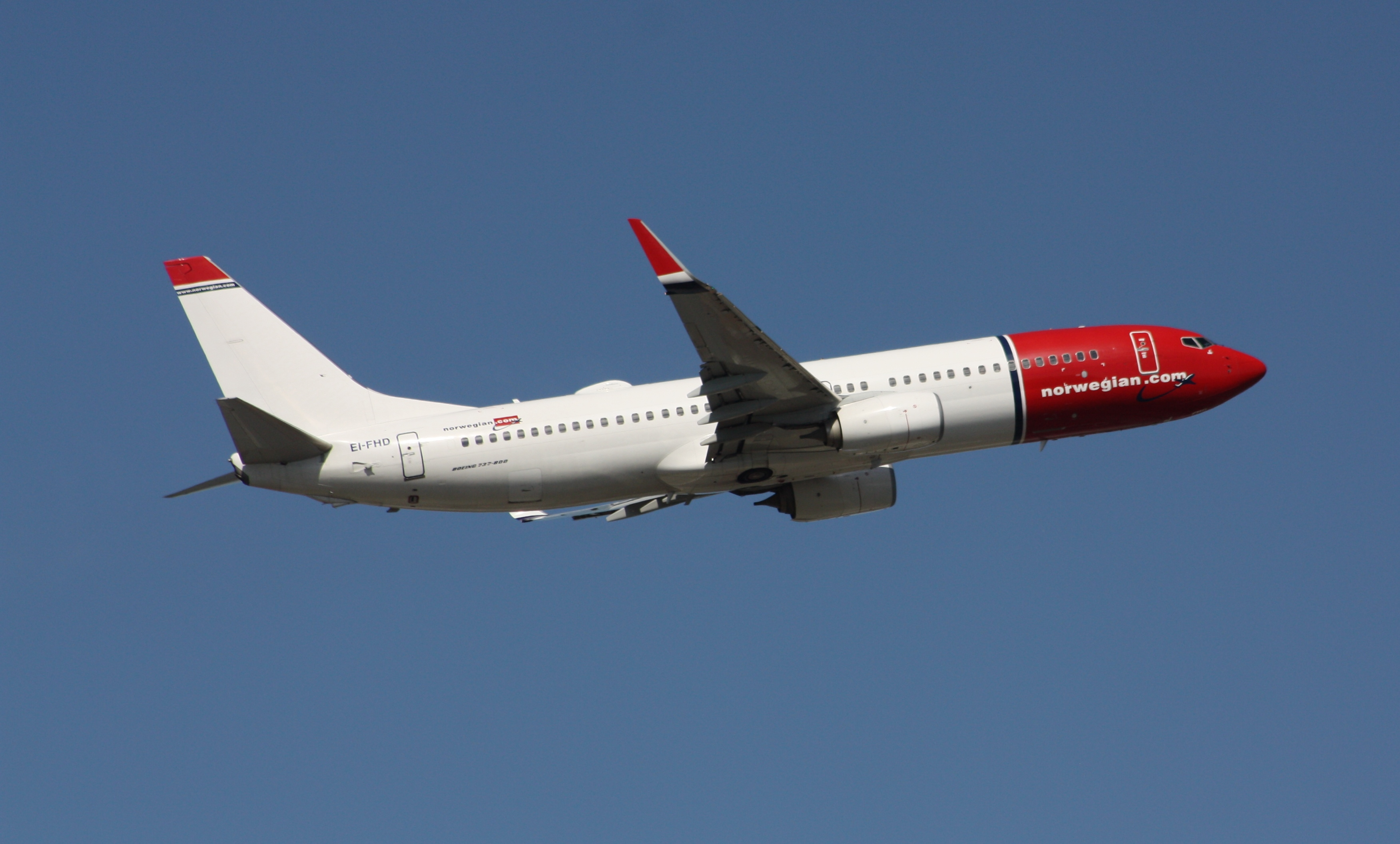Boeing 737-800 fra Norwegian – registrering EI-FHD. (Foto: MercerMJ | CC 2.0)