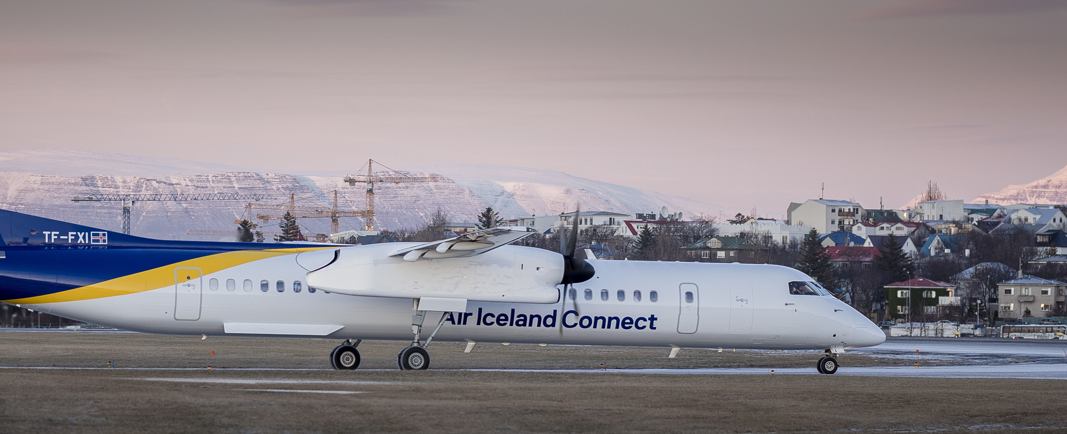 En Bombardier Dash 8-Q400 fra Air Iceland Connect. Foto: Air Iceland Connect