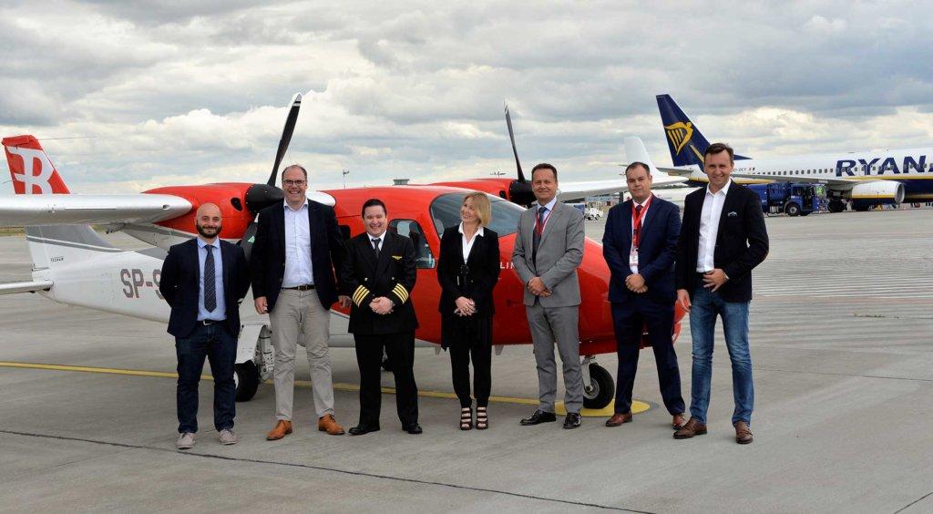 Ryanair skal i partnerskab med den polske flyveskole Bartolini Air uddanne piloter de kommende år. Foto: Ryanair