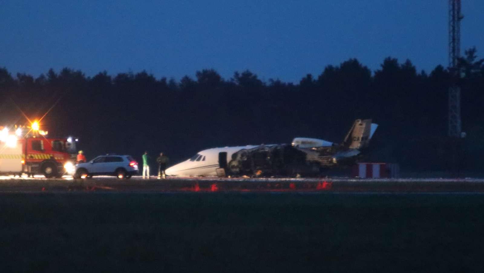 Cessna C560-flyet efter havariet i Aarhus Lufthavn. (Foto: Per Øxenholt)