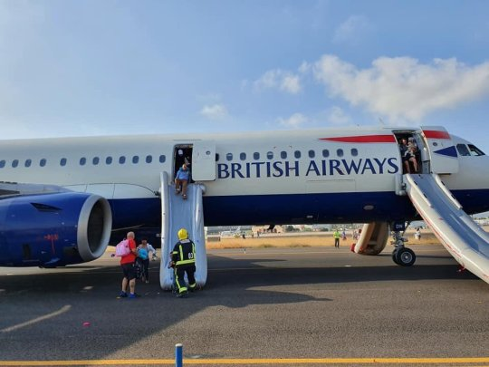 En Airbus A321-200 fra British Airways blev mandag evakueret i Valencia Airport. Foto: Lucy Brown