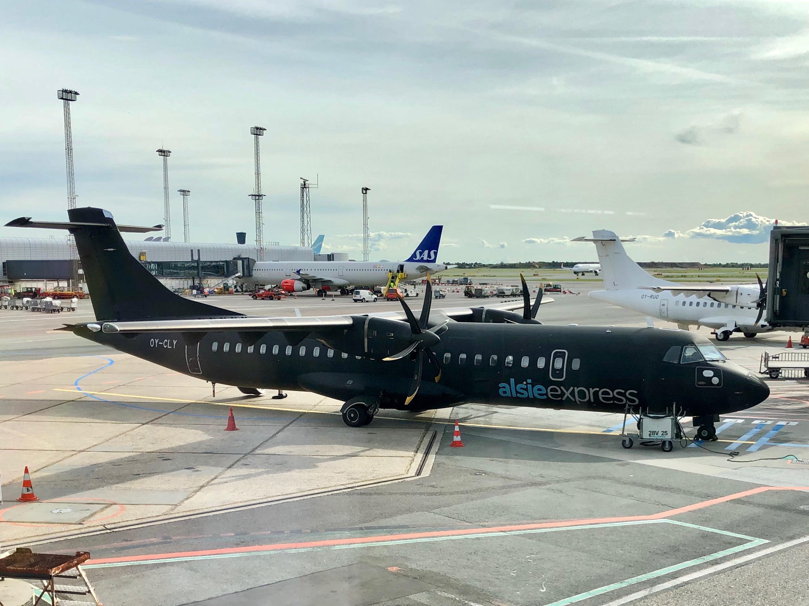 Alsie Express-fly i Københavns Lufthavn. (Foto: Jens Laursen-Schmidt)
