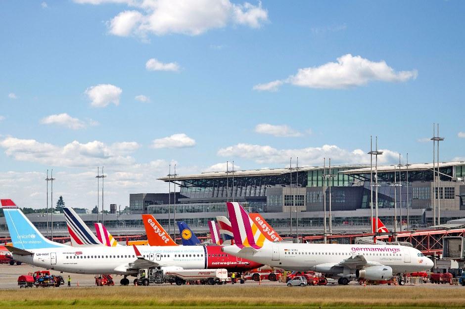 Flyselskaber på forpladsen i Hamborg Lufthavn. (Foto: Hamburg Airport | PR)