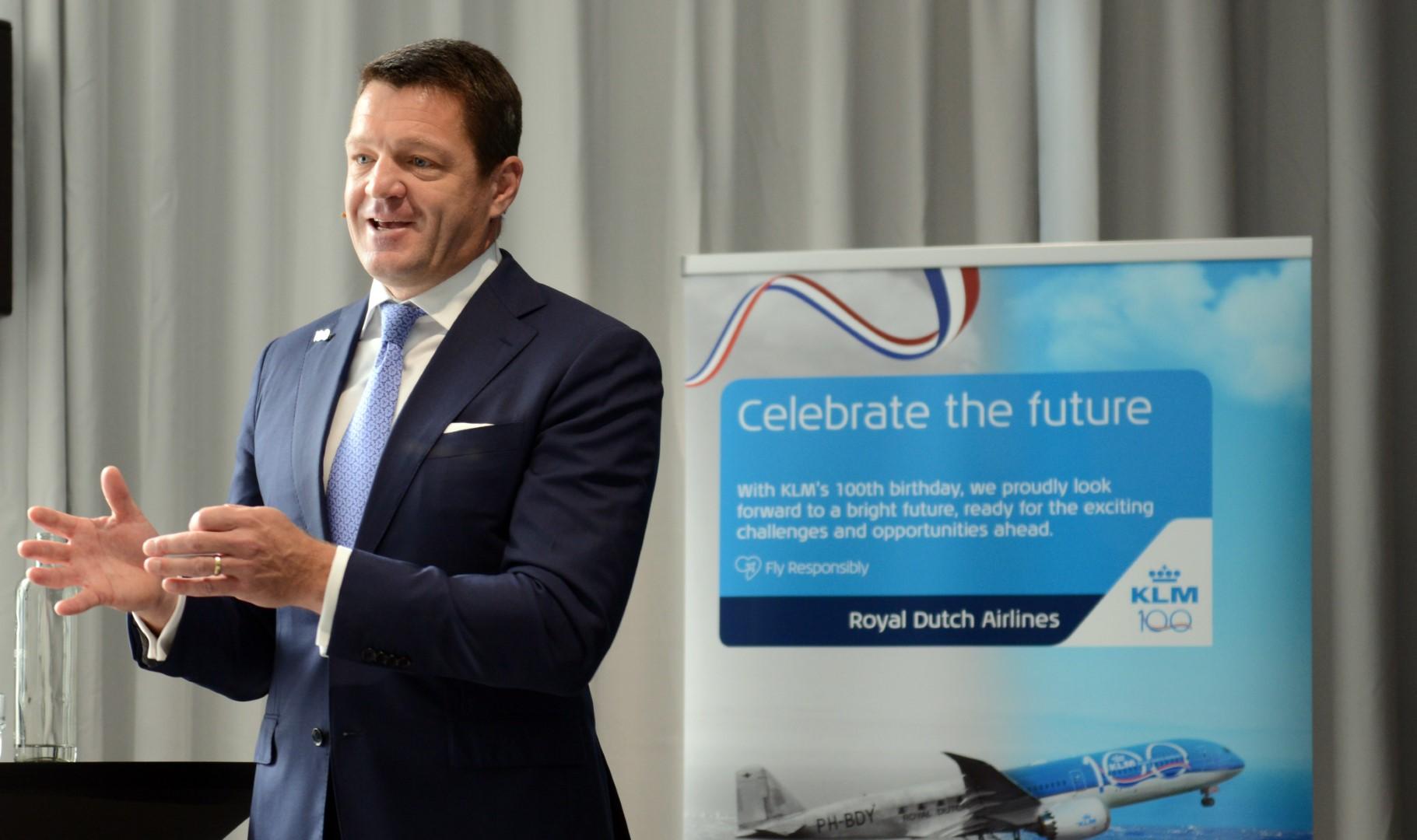 CEO i KLM, Pieter Elbers, gav et indblik i 100 års fødselarens historie. (Foto: Joakim J. Hvistendahl)
