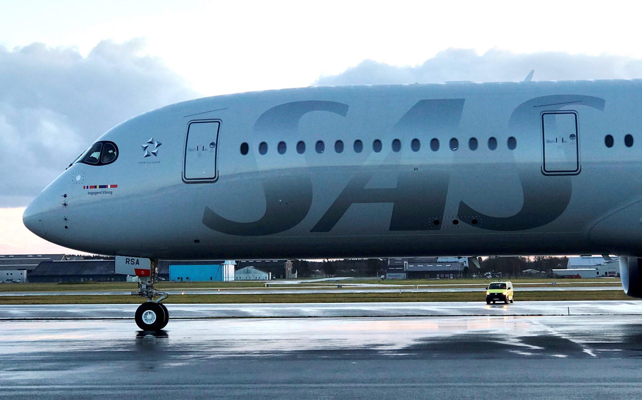 Airbus A350-900 fra SAS ved træningsflyvninger i Billund Lufthavn. (Foto: Ole Kirchert Christensen)