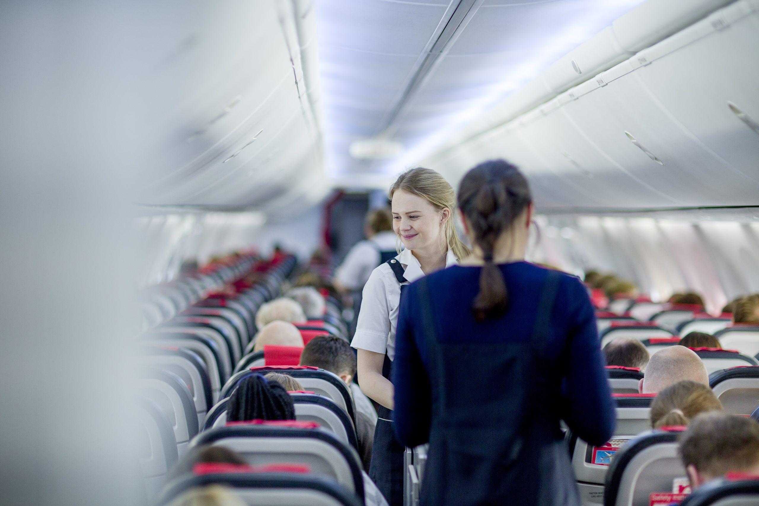 Kabinen i Boeing 737-800 fra Norwegian. (Arkivfoto: Bo Mathiesen)