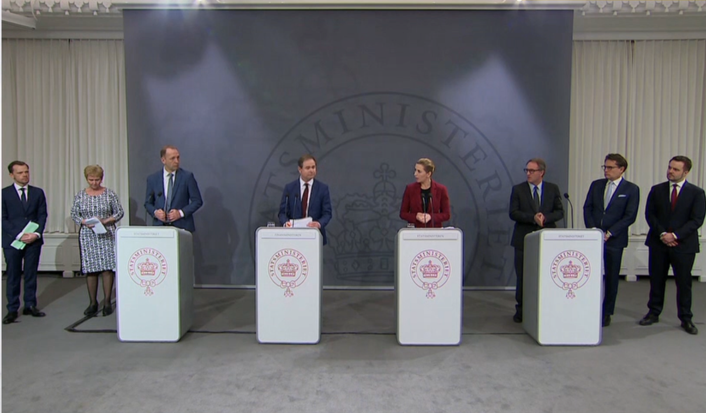 Pressemøde i Statsministeriet om trepartsaftale. (Foto: TV 2 News)