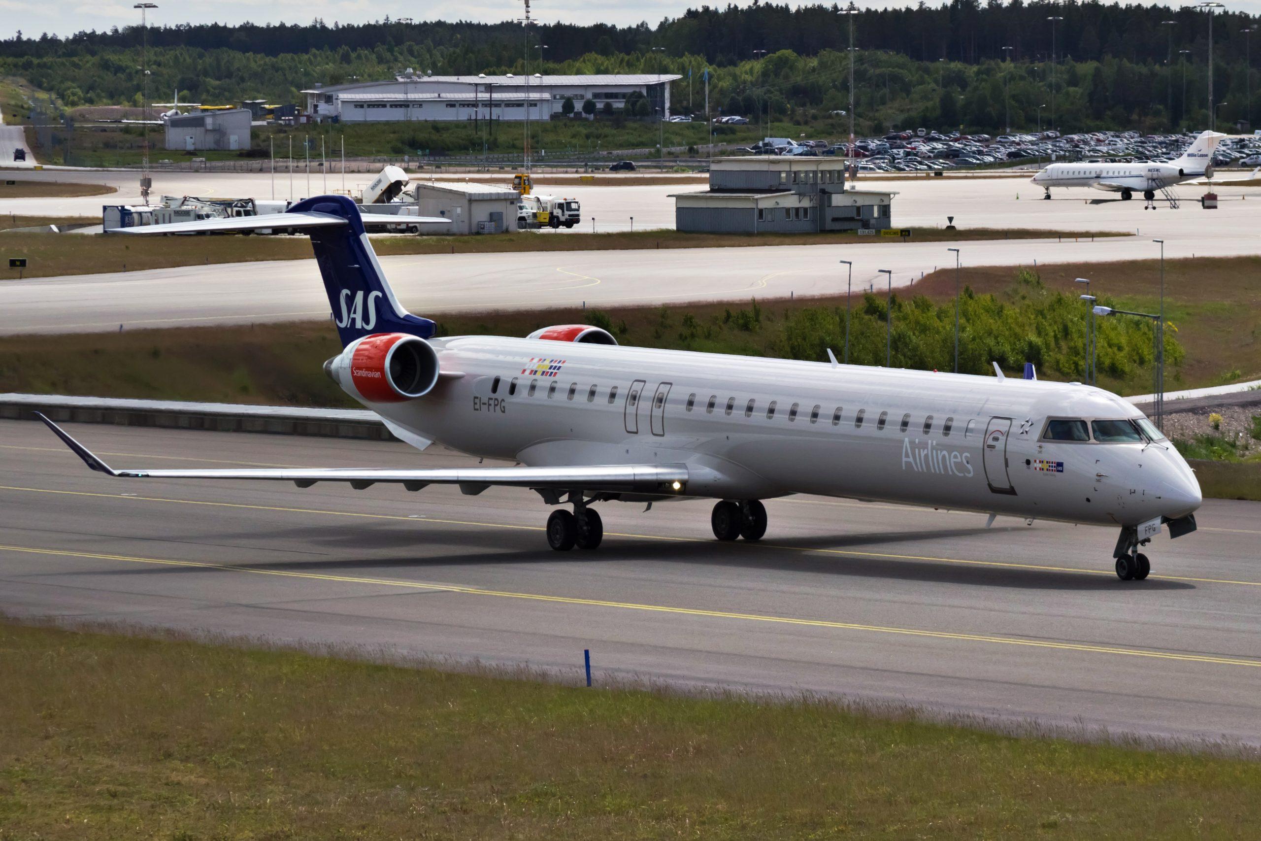 Bombardier CRJ900 fra CityJet i SAS-farver. (Foto: Bene Riobó | CC 4.0)
