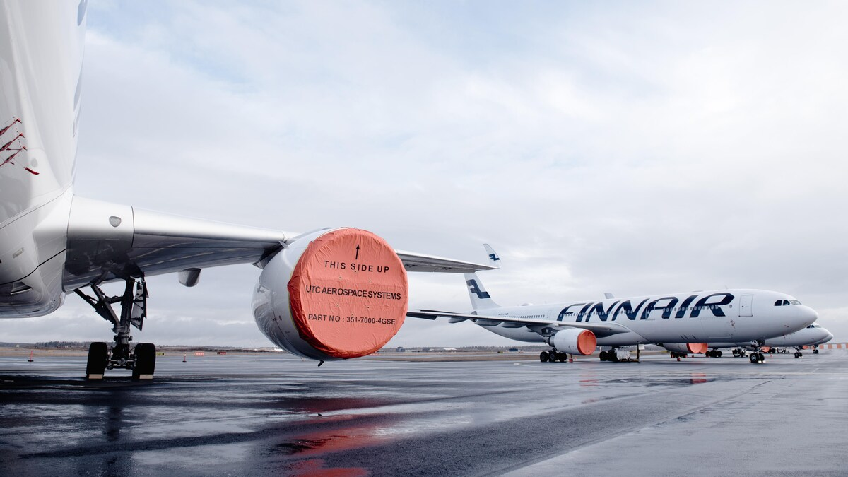 Finnair-fly parkeret i Helsinki Airport. (Foto: Finnair | PR)
