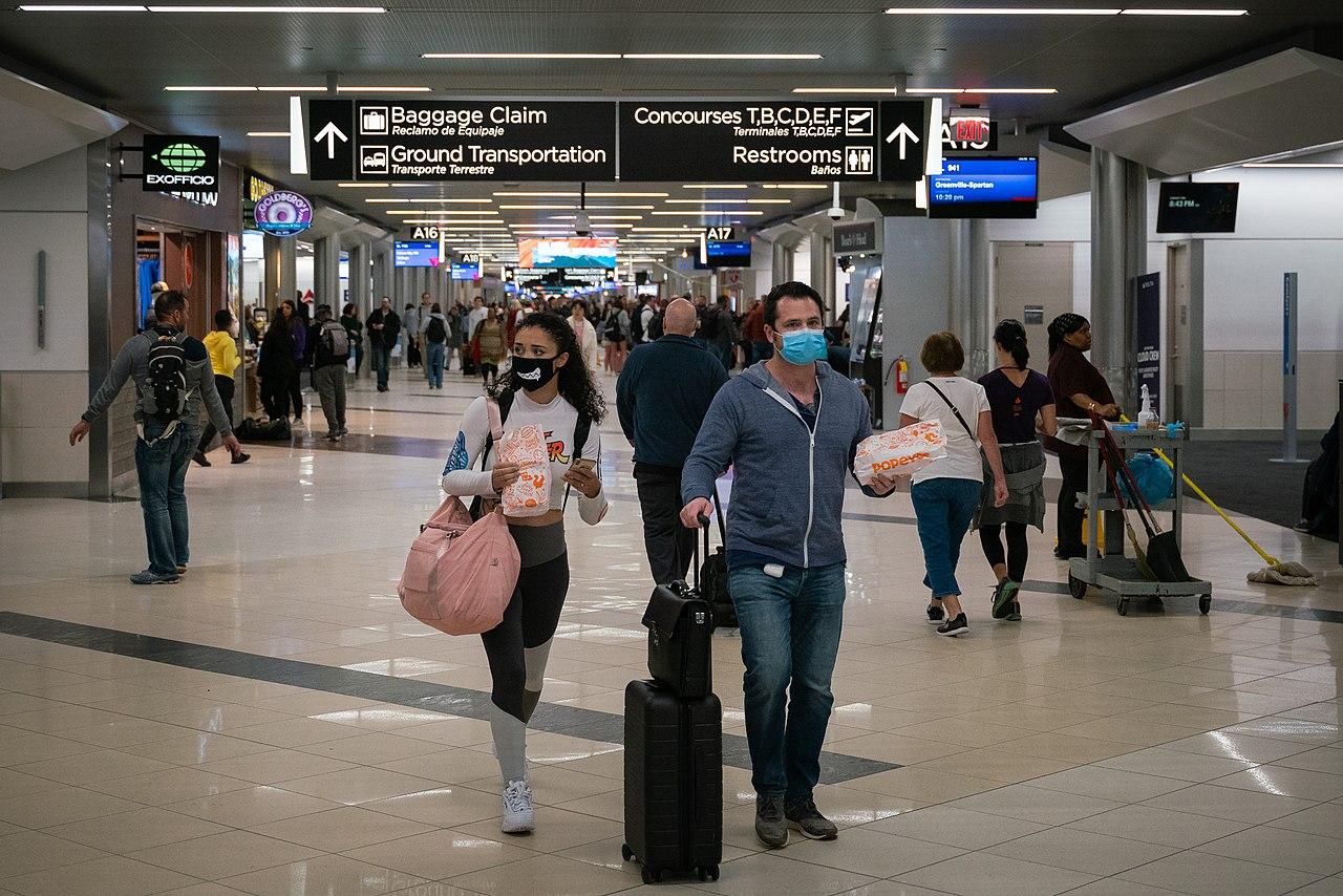 Rejsende i Hartsfield Jackson Atlanta International Airport i begyndelse af marts. (Foto: Chad Davis | CC 2.0)