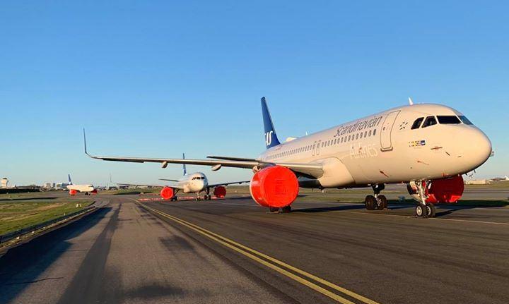 SAS-fly i Københavns Lufthavn under corona-nedlukningen. (Foto: SAS | Facebook)