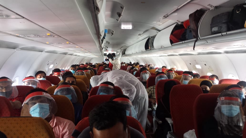 Vande Bharat-flyvning fra Jeddah til New Delhi med Air India. (Foto: Consulate General of India in Jeddah)