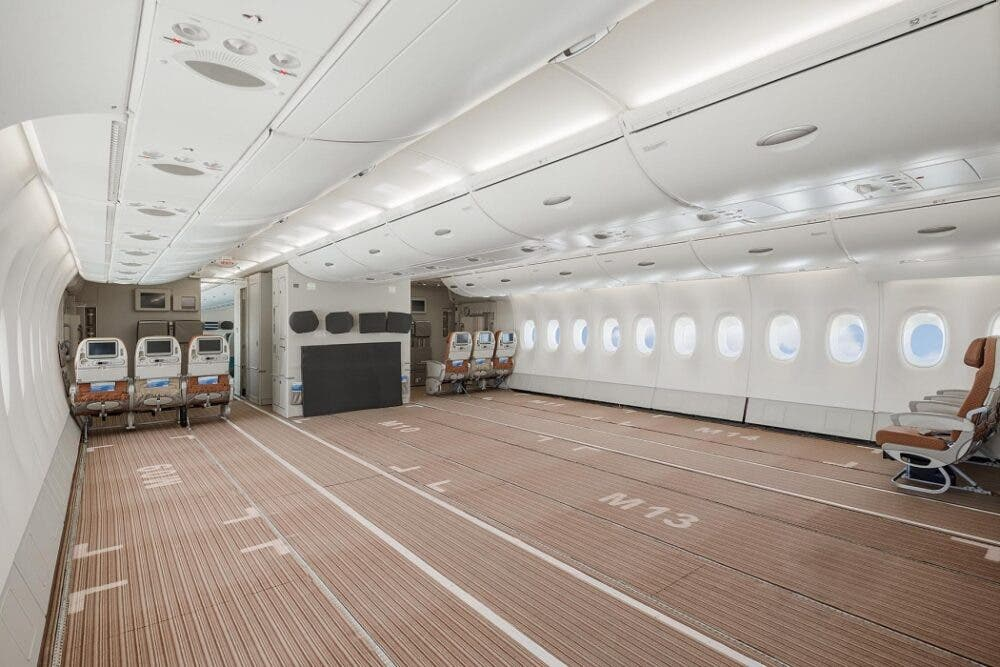 Midterste etage i den ombyggede Airbus A380 hos portugisiske Hi Fly. Foto: Hi Fly