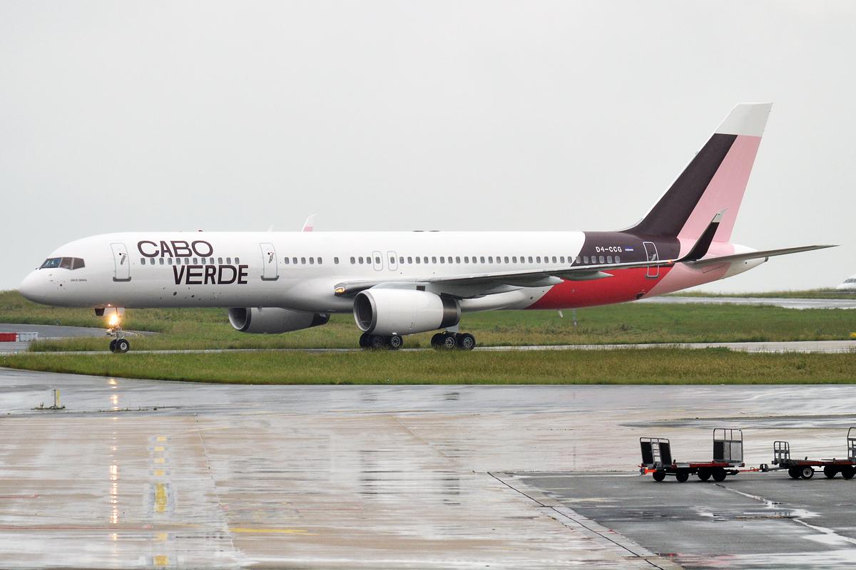 En Boeing 757-200 fra Cabo Verde Airlines. Foto: Anna Zvereva, CC 2.0