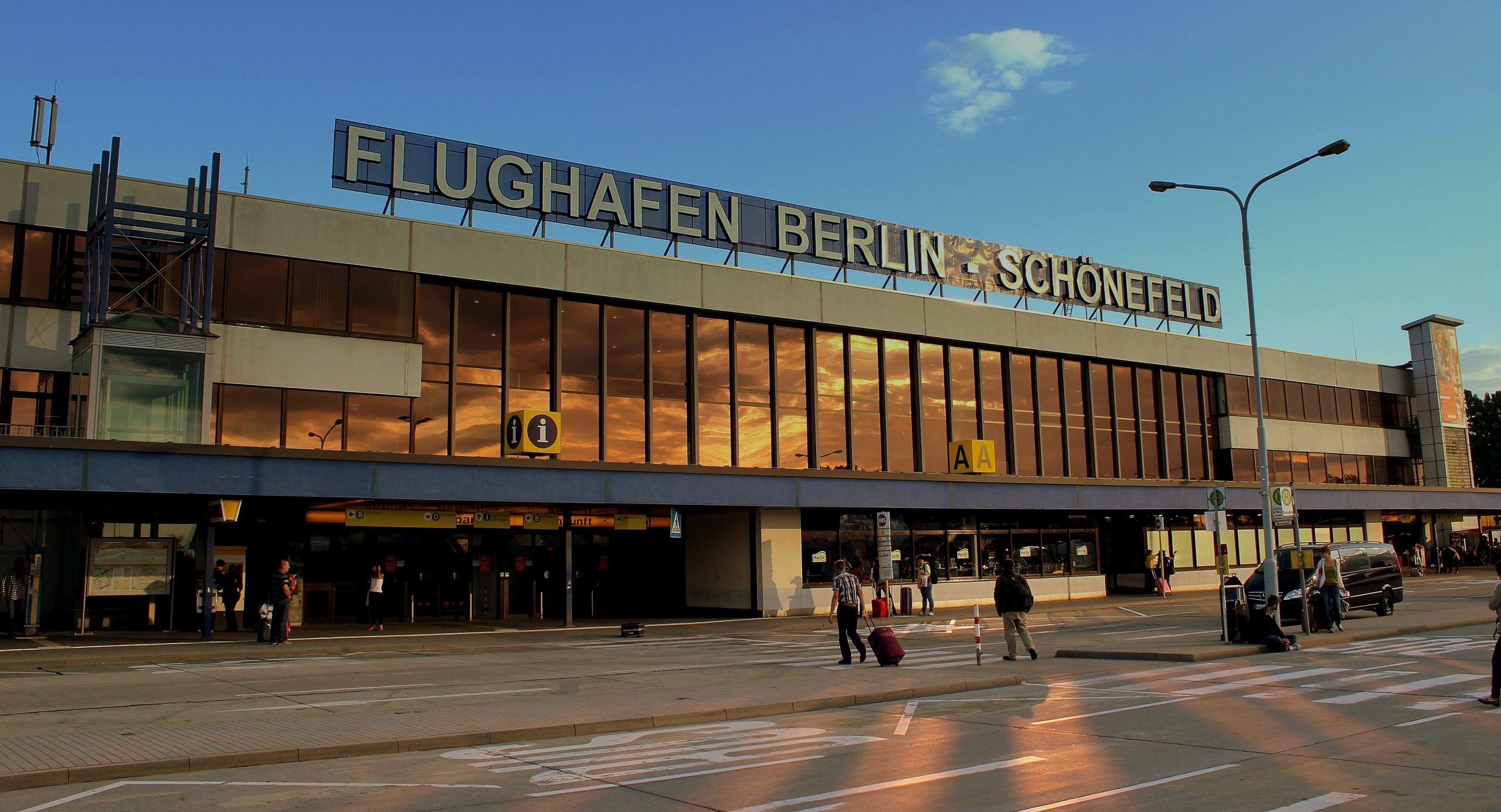 Indgangen til Berlin Schönefeld Airport. Foto: calflier001, CC 2.0