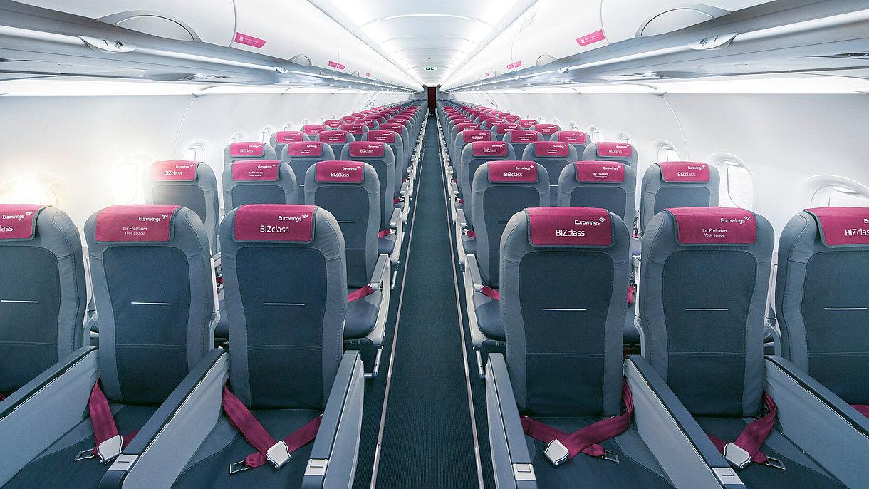 Kabinen i et Airbus-fly fra det tyske flyselskab Eurowings. Foto: Eurowings