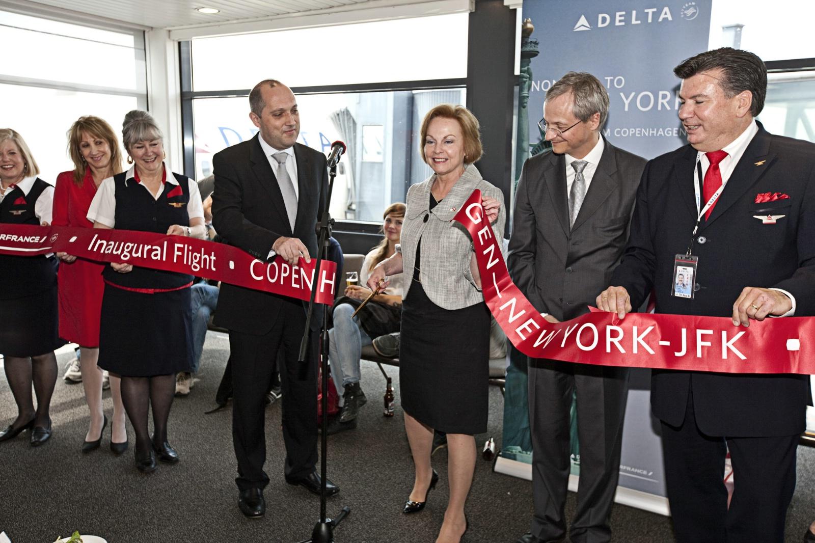USA's daværende ambassadør til Danmark, Laurie S. Fulton, indviede Delta-ruten til New York-JFK den 28. maj 2010. (Arkivfoto: CPH)
