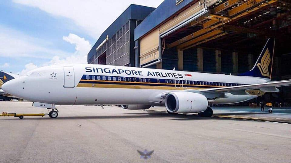 Den første Boeing 737-800 fra SilkAir i Singapore Airlines-bemaling. Foto: Aviatren/Twitter