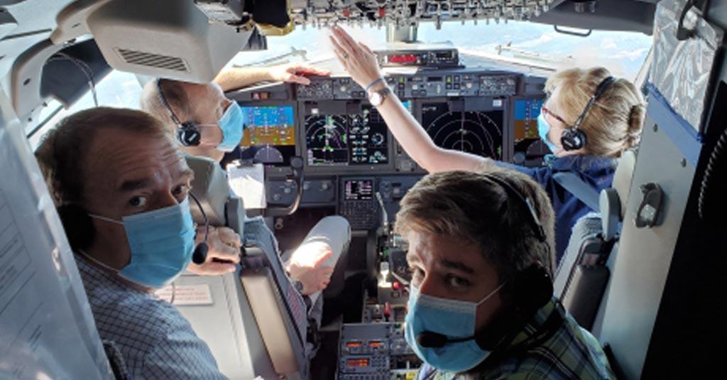 Repræsentanter fra EASA under testflyvning af Boeing 737 MAX (Foto: EASA)