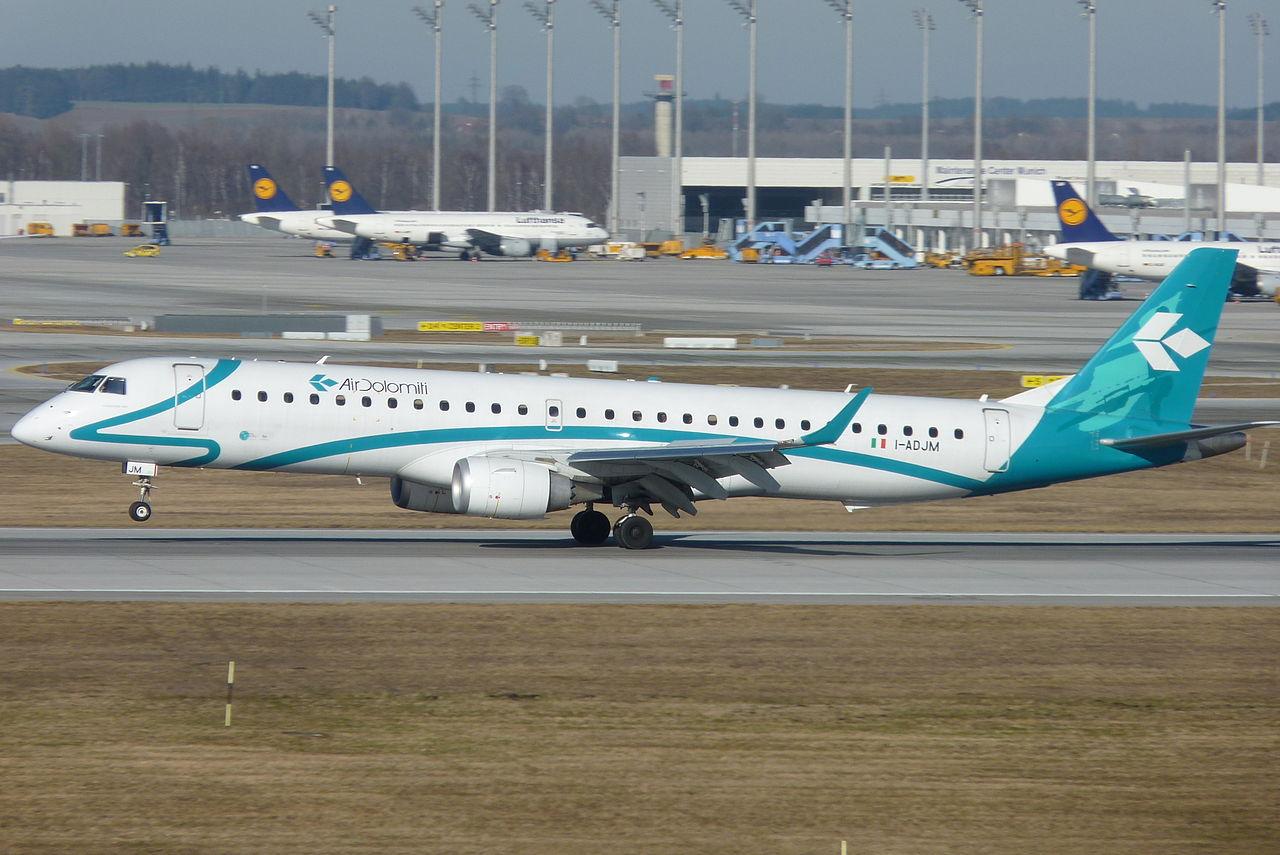 Embraer ERJ-195 fra Air Dolomiti under start fra München Lufthavn. (Foto: Michael Fellinger | CC 3.0)