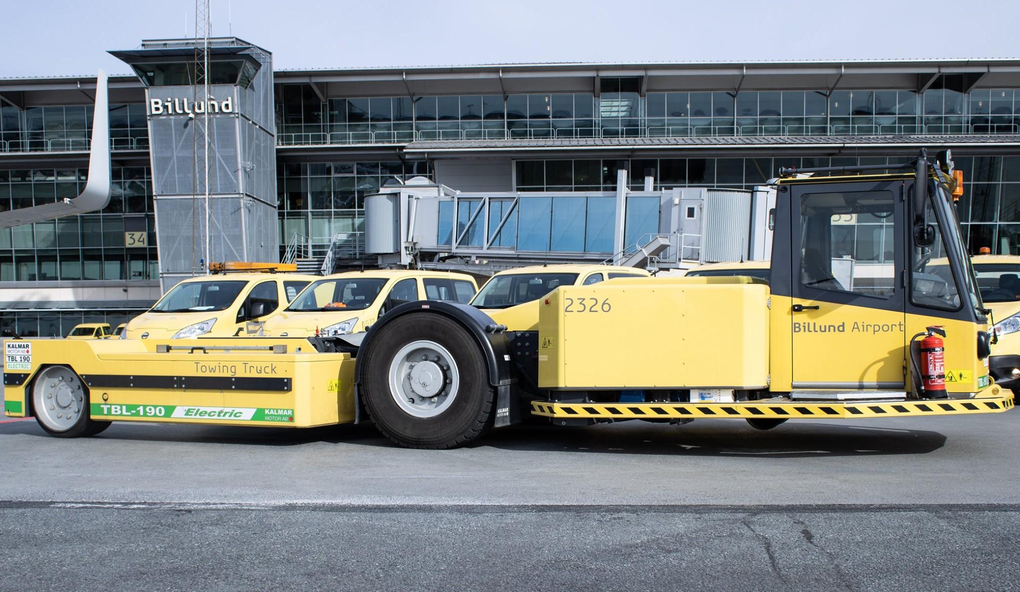 Parkerede køretøjer i Billund Lufthavn under nedlukningen i foråret 2020. (Foto: Billund Lufthavn)