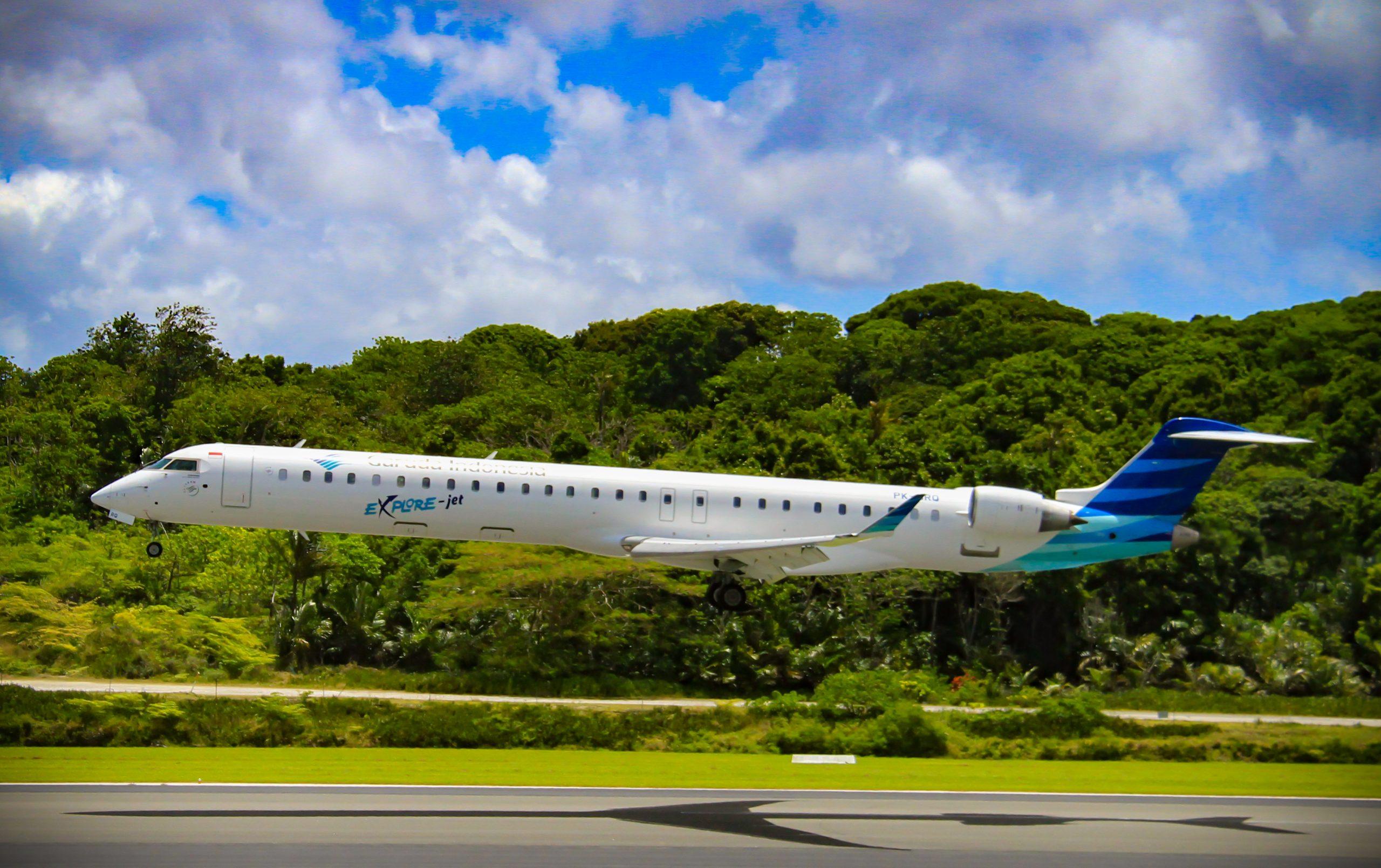 En Bombardier CRJ-1000 fra Garuda Indonesia. Foto: Paul McFarlane, CC 2.0