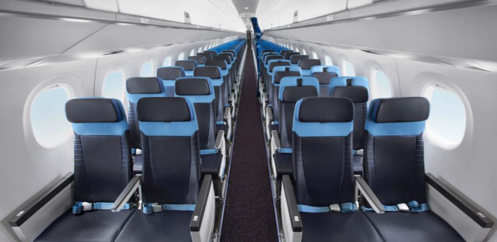 De moderne Recaro-sæder i den nye Embraer E195-E2 til KLM Cityhopper. Foto: KLM Cityhopper