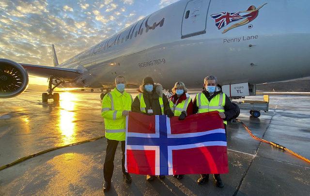Medarbejdere ved den første Virgin Atlantic-flyvning fra Harstad-Narvik. Foto: Virgin Atlantic
