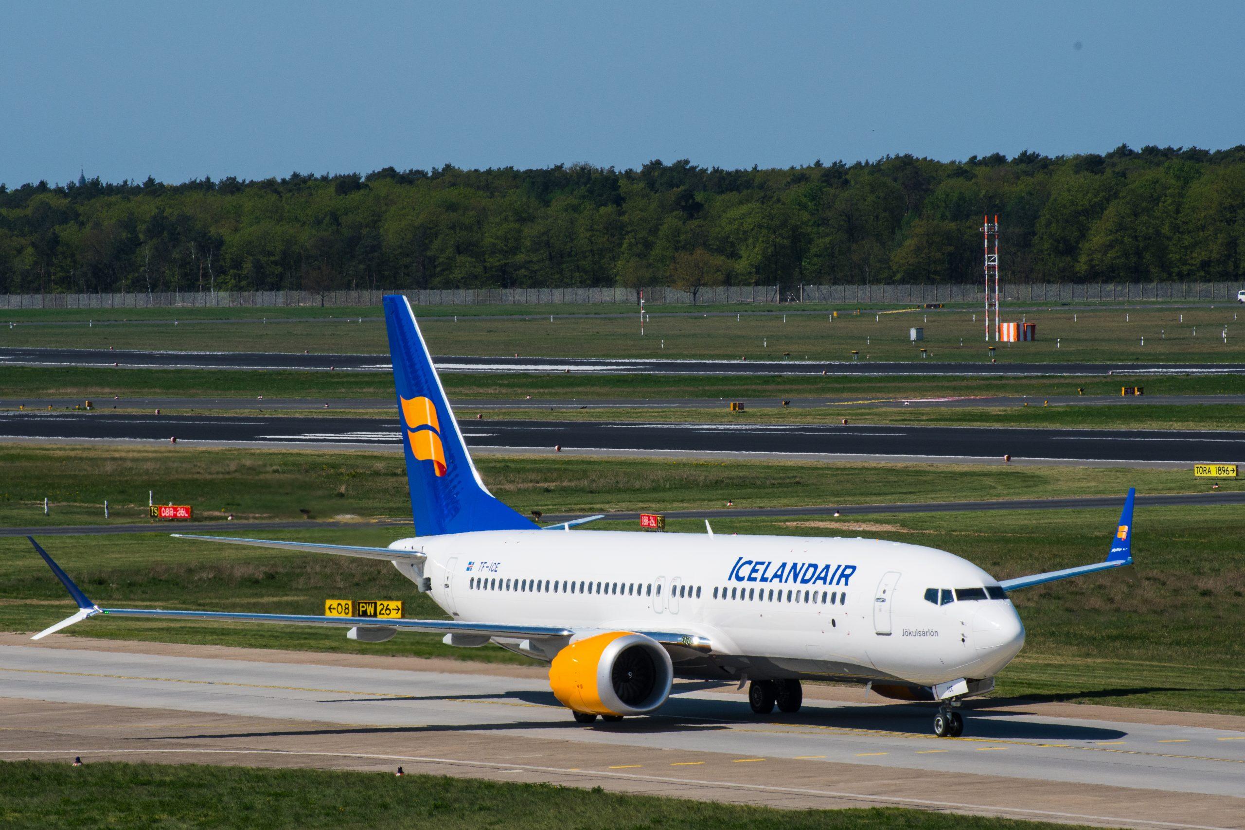 Boeing 737 MAX 8 i Berlin Tegel Airport. (Foto:  Gestur Gislason   shutterstock_1084720607)