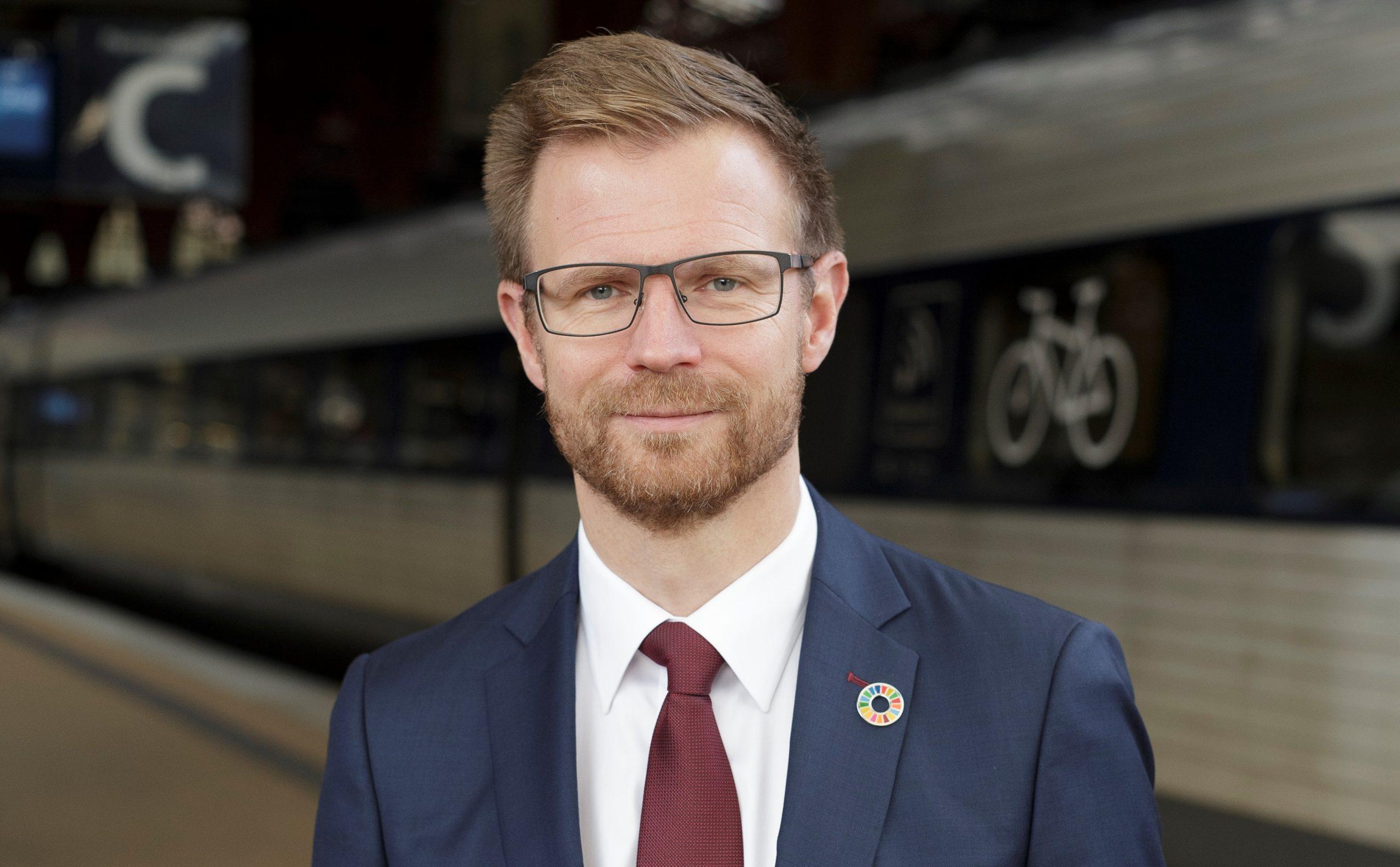 Transportminister Benny Engelbrecht. (Foto: Nicolai Perjesi)