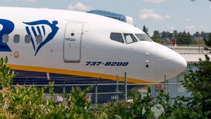 Boeing 737 MAX-8200 i Ryanair-bemaling. (Foto: Chris Edwards)
