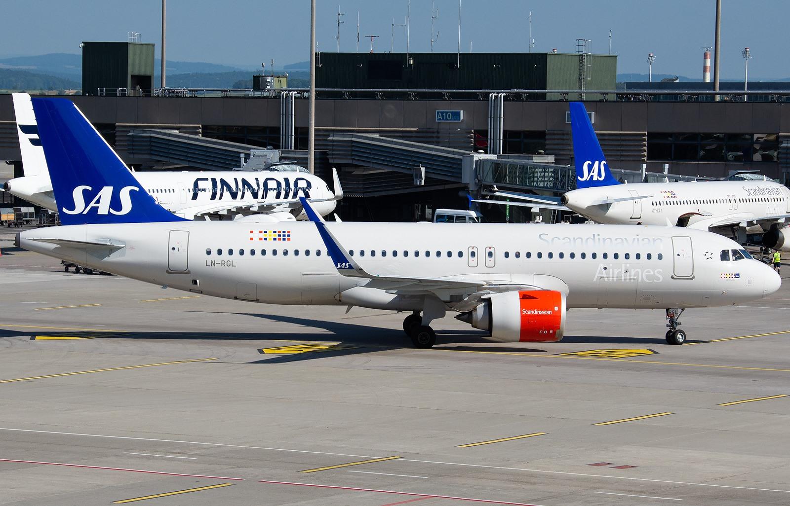 Fly fra SAS og Finnair i Zurich Airport. (Foto: Aldo Bidini)