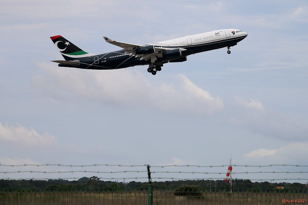 Airbus A340-300 med registreringen A5-ONE. Flyet har tilhørt den libyske statsleder Muammar Gaddaffi, der døde i 2011. (Foto: hydra_66)