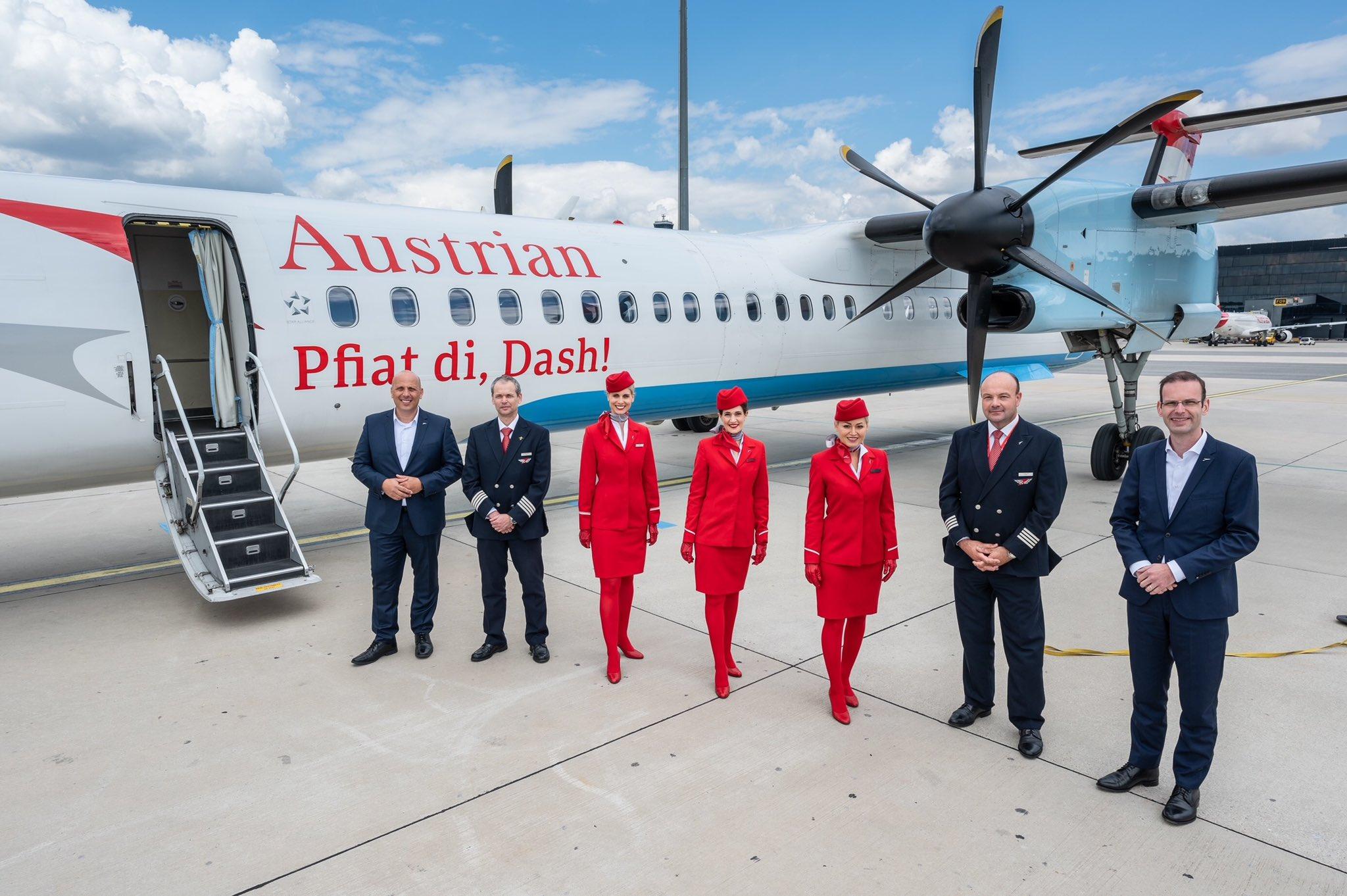 Et sidste farvel til Dash-flyet inden den sidste rundtur fra Wien til Innsbruck. (Foto: Austrian Airlines)