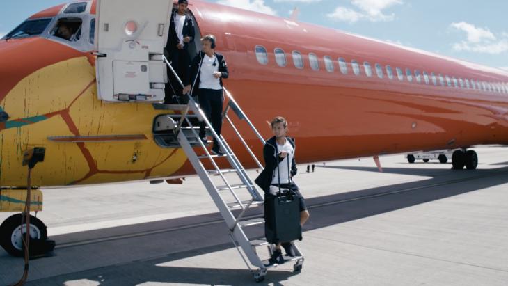 FCK-spillere på en tidligere flyrejse med DAT. (Foto: Nyhavn Rejser)